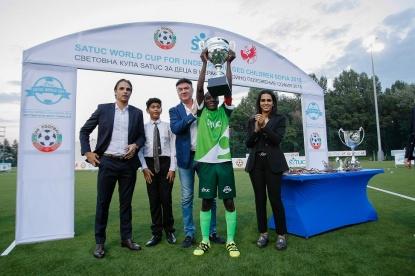 f55e0db59f7 Надпреварата бе спечелена от тима на Нигерия, който се наложи категорично  над Либерия с 4:0 във финалния двубой. В мача за бронза българските